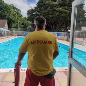 Lifeguards Wanted for 2021 (APPLICATIONS CLOSED)